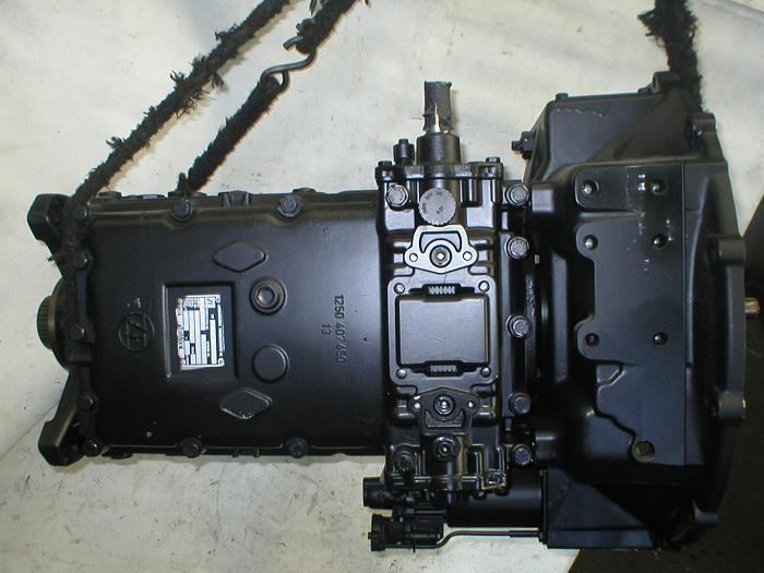 Cambio ZF S6-90 per pullman