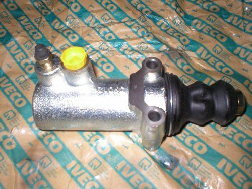 Clutch cylinder 4854828