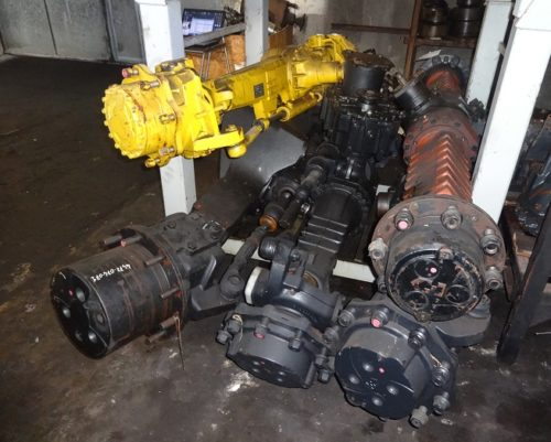 Earth moving machines axles