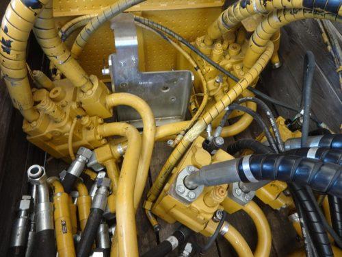 Caterpillar hydraulic unit