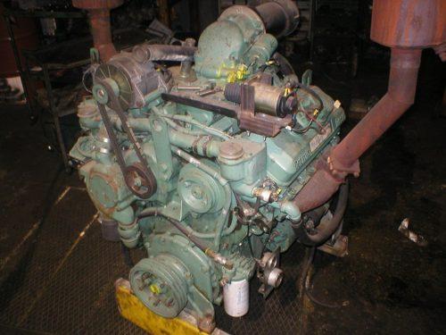 GM 7063-7000 engine