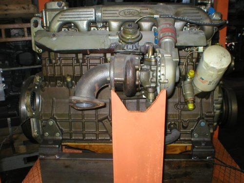 VM HR 692 HT engine
