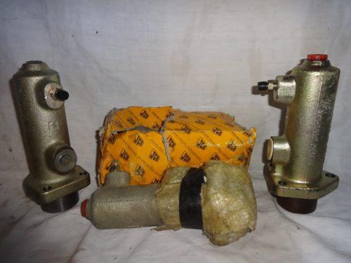 Pompa freni JCB 15/910900
