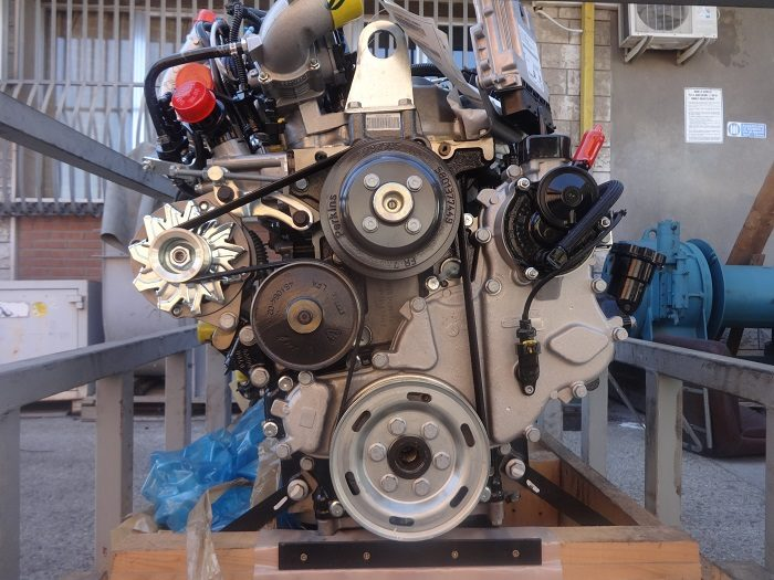 Perkins 3704/2200 engine