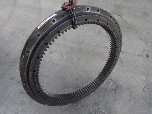 bobcat 6675777 swing bearing