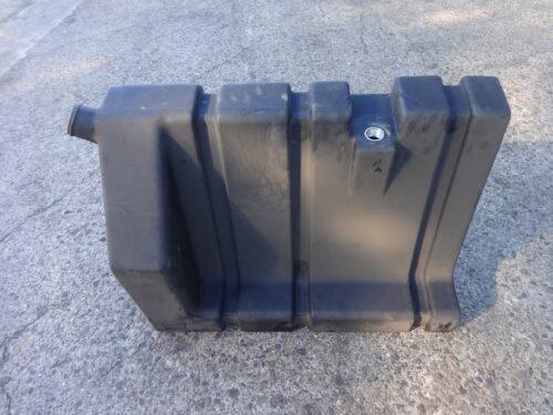 bobcat 6807002 fuel tank