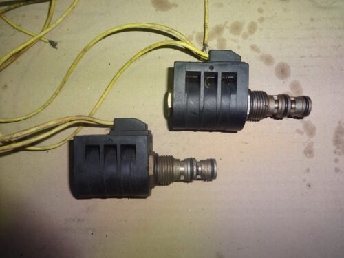 cnh 81876912 solenoid valve