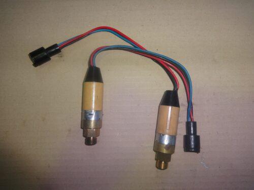 caterpillar 1221522 oil pressure sensor